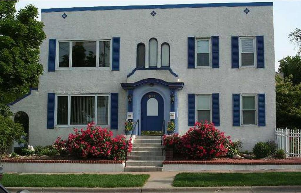 841 Saint Clair Ave, Saint Paul, MN 55105
