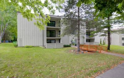 Photo of 26 SE Arthur Avenue #103, Minneapolis, MN 55414