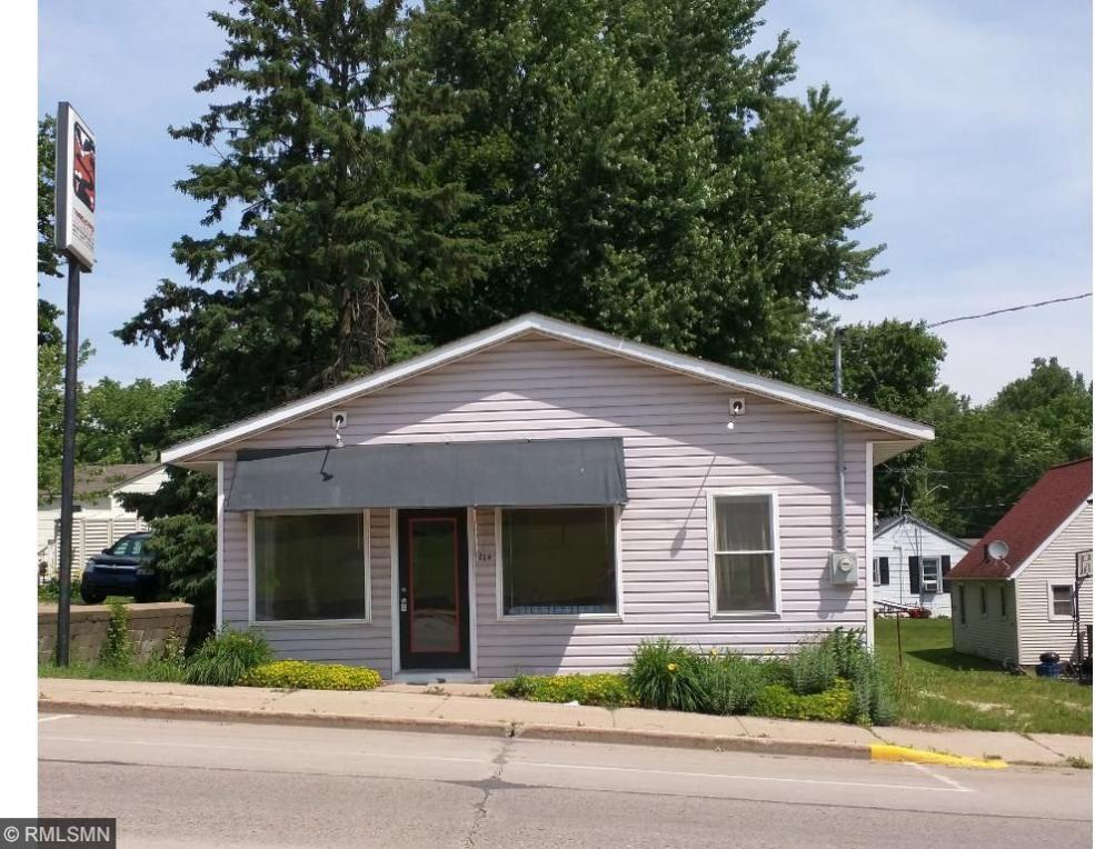 214 Main Street, Ellsworth, WI 54011
