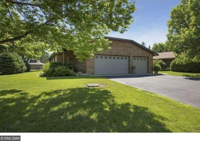 Photo of 230 N Inland Lane, Plymouth, MN 55447