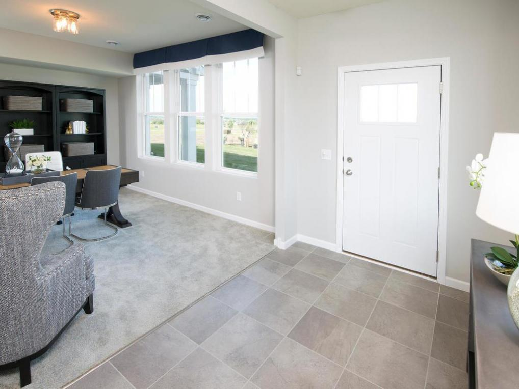 15432 Eames Way, Apple Valley, MN 55124