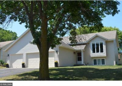 Photo of 15705 Hannover Path, Apple Valley, MN 55124