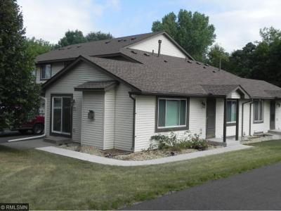 Photo of 6687 N Gretchen Lane, Oakdale, MN 55128