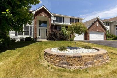 Photo of 4602 Stonecliffe Drive, Eagan, MN 55122