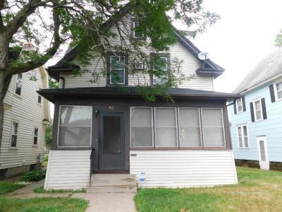 Photo of 965 Charles Avenue, Saint Paul, MN 55104