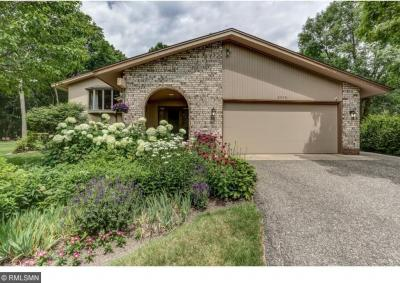 Photo of 2090 Melody Hill Road, Chanhassen, MN 55331