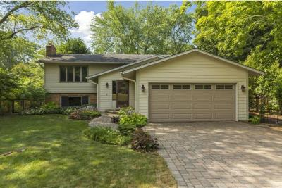 Photo of 12525 N 26th Avenue, Plymouth, MN 55441