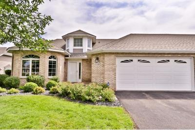Photo of 10394 Eagle Pointe Trail, Woodbury, MN 55129