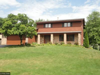 Photo of 12825 Apple View Lane, Burnsville, MN 55337