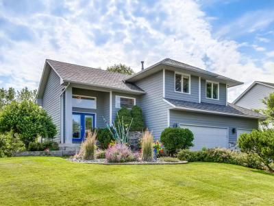 Photo of 1070 Briar Glen Lane, Woodbury, MN 55129