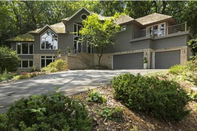 Photo of 4530 Strawberry Lane, Golden Valley, MN 55416