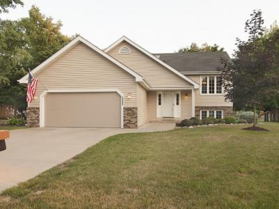Photo of 2205 Westcliffe Place, Burnsville, MN 55306