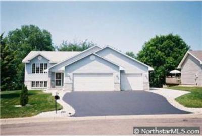 Photo of 13608 S Bryant Place, Burnsville, MN 55337