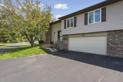 Photo of 14727 N 94th Place, Maple Grove, MN 55369