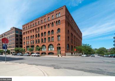 400 1st Street #401, Minneapolis, MN 55401