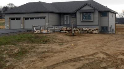 Photo of 10343 Southern Oaks Drive, Lakeville, MN 55044