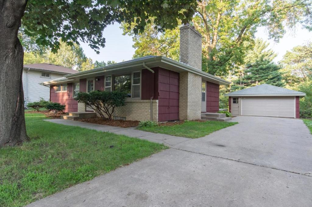 8231 S Washburn Avenue, Bloomington, MN 55431