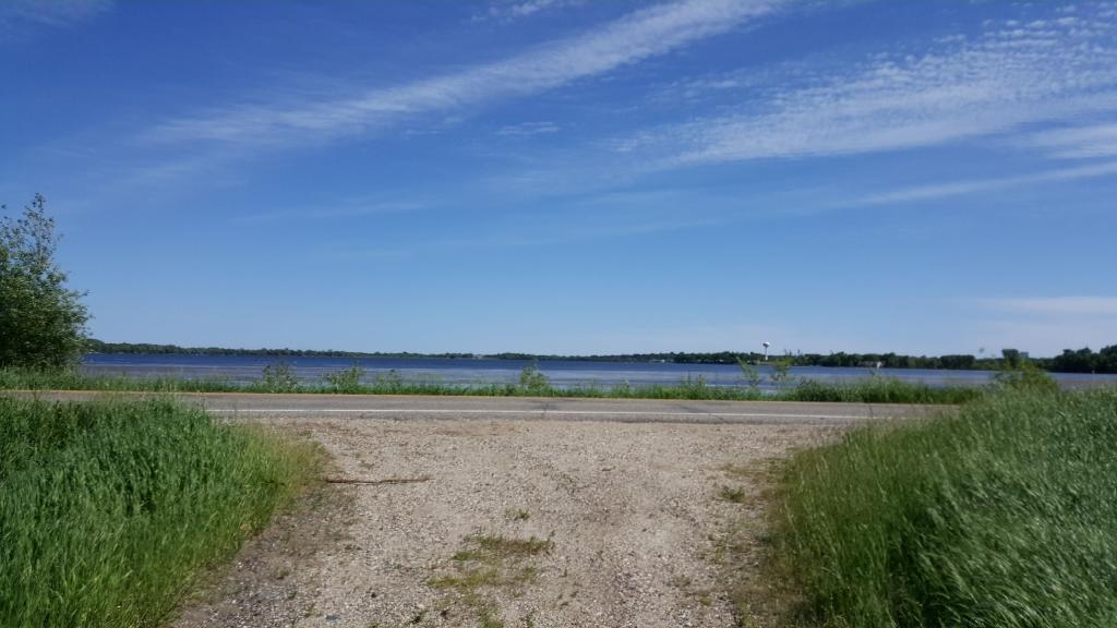 4827 SW County Road 6, Howard Lake, MN 55349