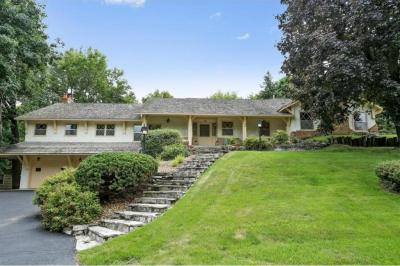 Photo of 13651 Oakwood Curve, Burnsville, MN 55337