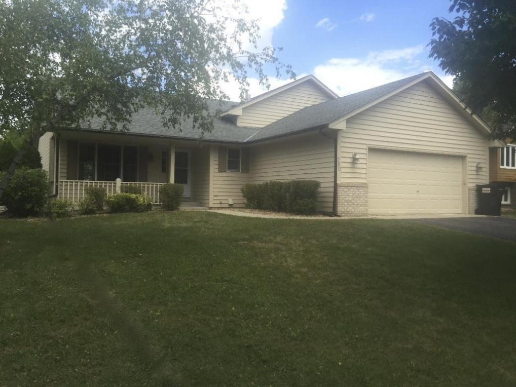 780 S Woodridge Drive, Chaska, MN 55318