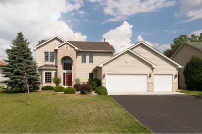 Photo of 2482 Adele Street, Maplewood, MN 55109