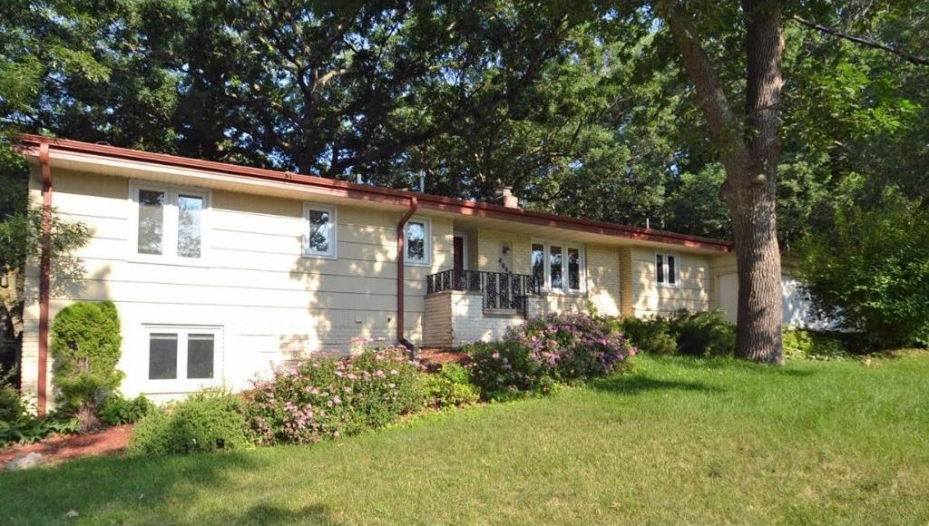 4648 Caribou Drive, Minnetonka, MN 55345