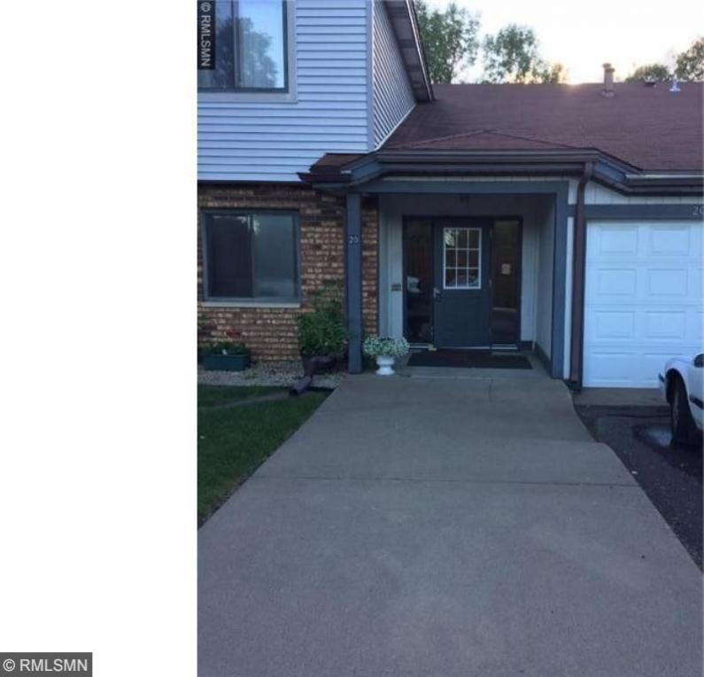 20 NW 94th Circle #103, Coon Rapids, MN 55448