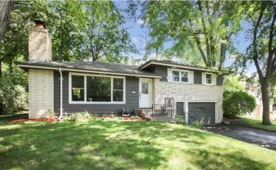 3260 N Orchard Avenue, Golden Valley, MN 55422