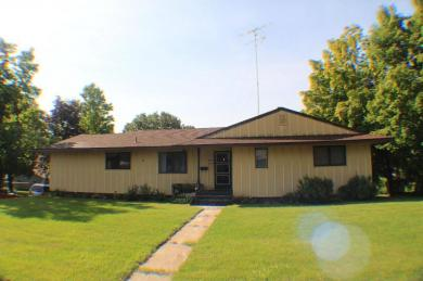 900 Forest Avenue, Albany, MN 56307