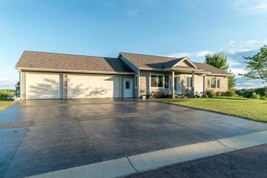 152 Shoreview Drive, Elysian, MN 56028