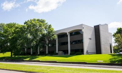 7525 Mitchell Road, Eden Prairie, MN 55344