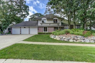Photo of 7875 W 134th Street, Apple Valley, MN 55124