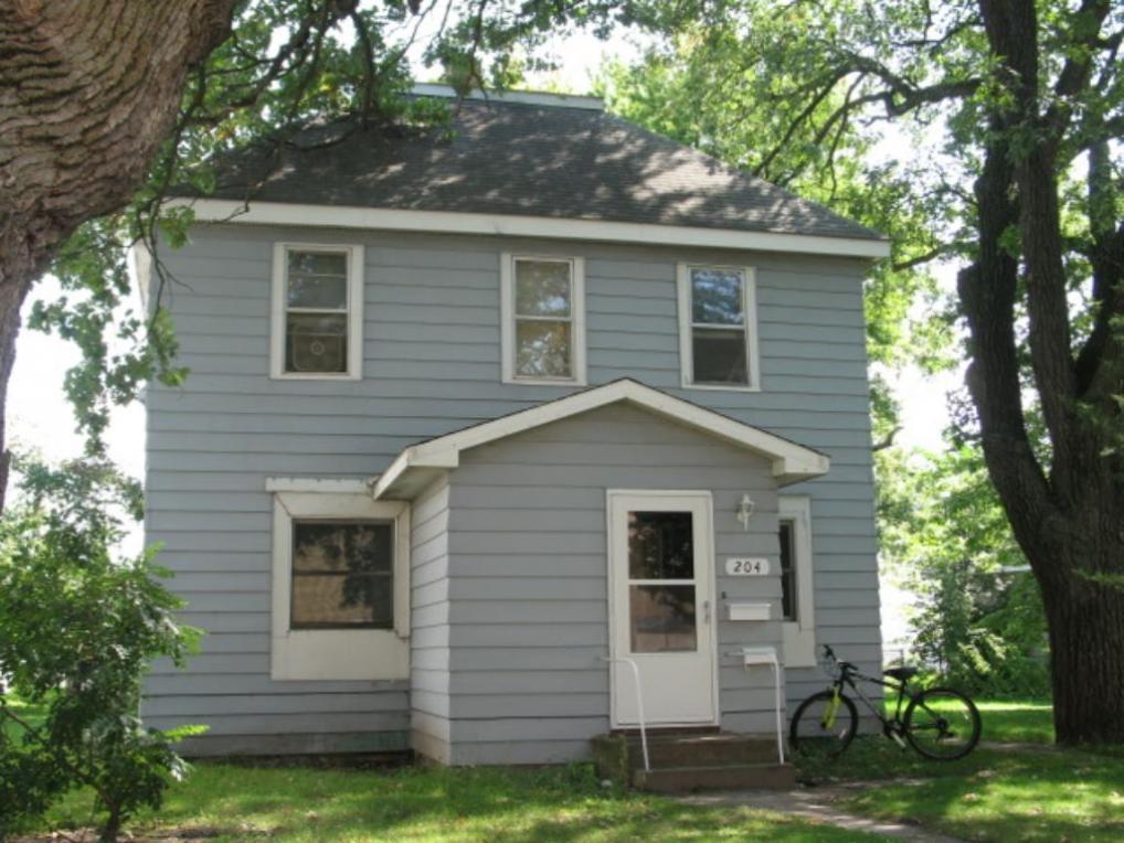 204 S 6th Avenue, Princeton, MN 55371