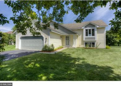 8770 Rainier Alcove, Woodbury, MN 55125