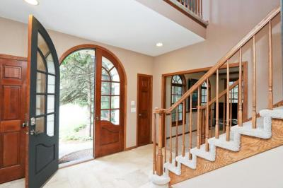 Photo of 942 Sprucewood Court, Mahtomedi, MN 55115