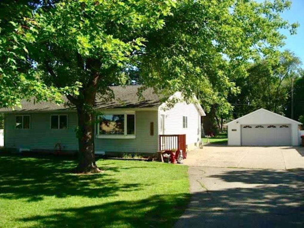 3205 Red Wing Boulevard, Hastings, MN 55033