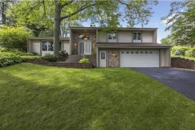 Photo of 1825 N Noble Drive, Golden Valley, MN 55422