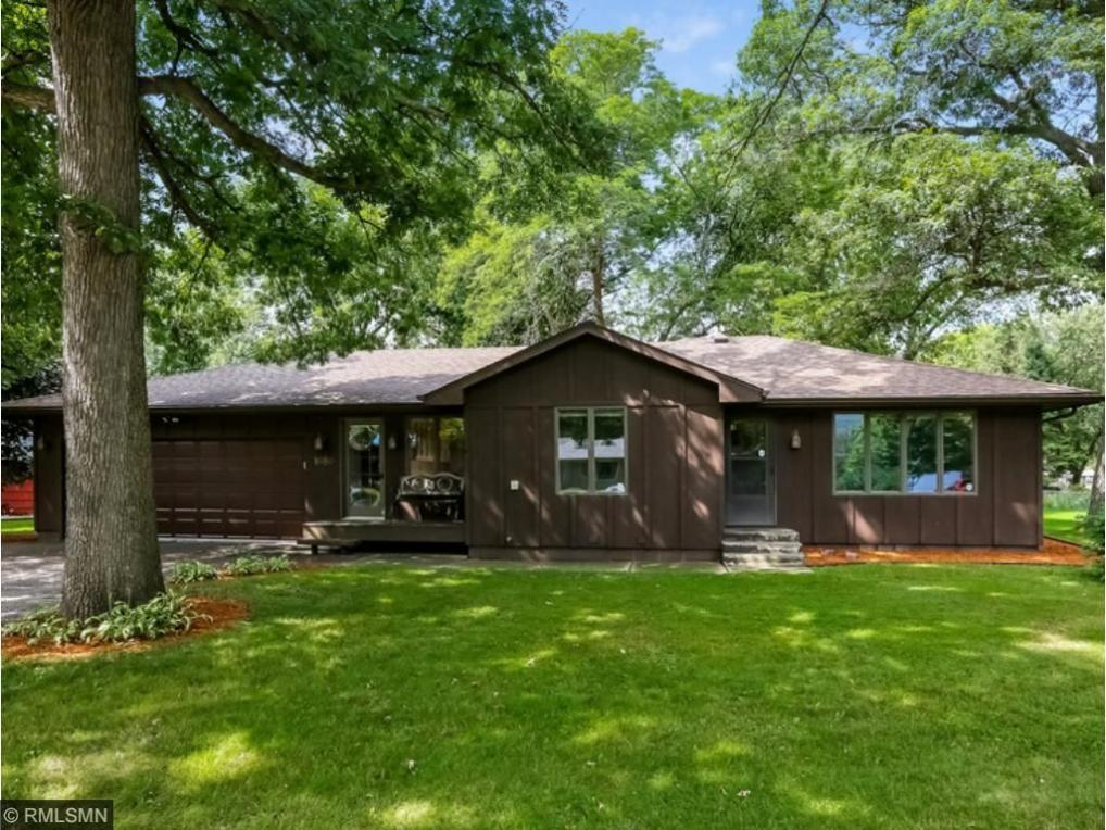 1080 SE 6th Street, Forest Lake, MN 55025