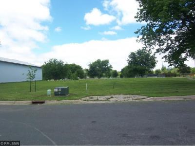 Photo of 224 SE Huron Street, Hutchinson, MN 55350