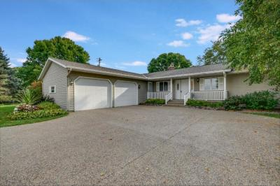 Photo of 16212 County Road 7, Hutchinson, MN 55350