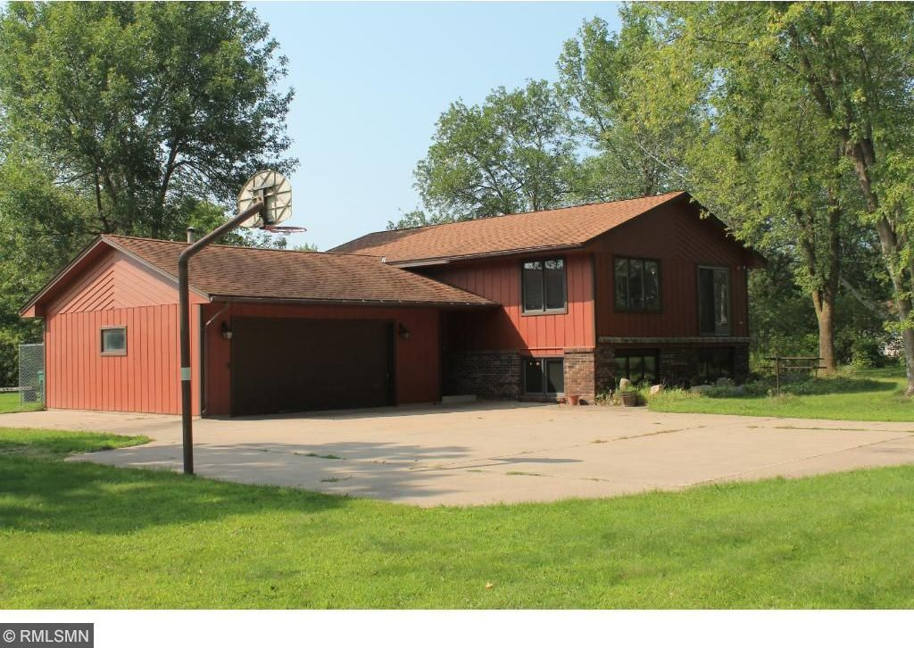18240 N Ivywood Avenue, Forest Lake, MN 55025