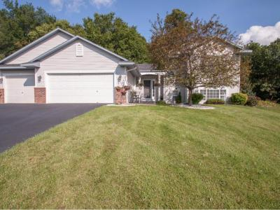 Photo of 983 Sunny Ridge Drive, Carver, MN 55315
