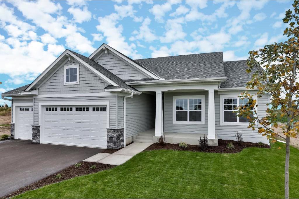 16162 Estate Lane, Lakeville, MN 55044