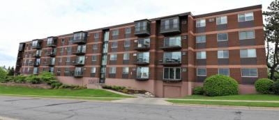 Photo of 334 Cherokee Avenue #401, Saint Paul, MN 55107