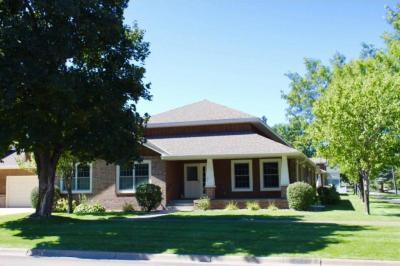 Photo of 301 Maple Street, Monticello, MN 55362