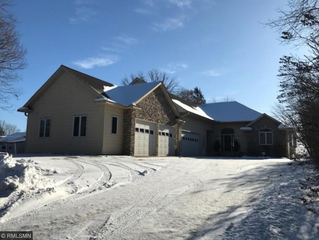 6609 N North Shore Trail, Forest Lake, MN 55025