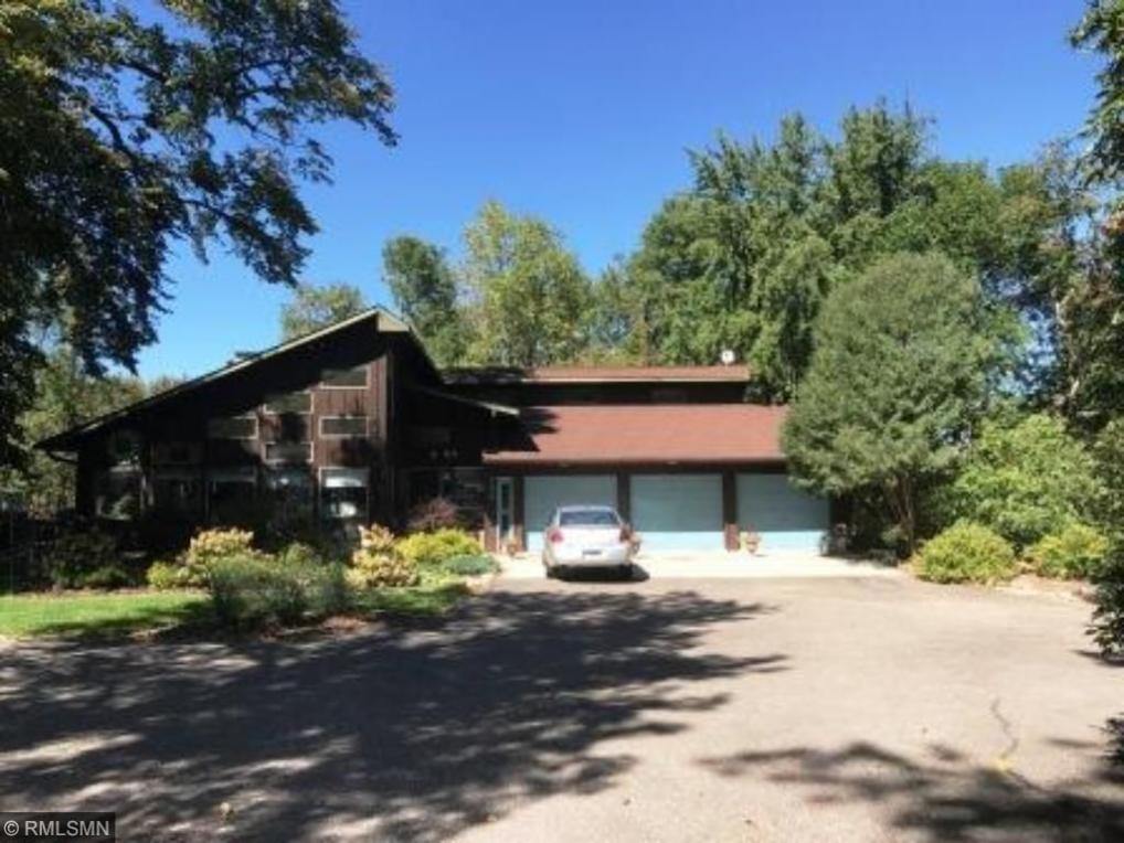 902 SE Bay Drive, Forest Lake, MN 55025