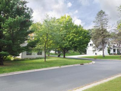 Photo of 422 Ardmore Drive, Golden Valley, MN 55422
