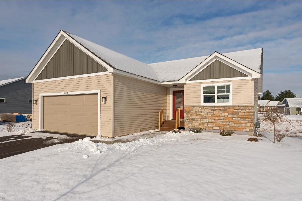 9132 Compass Point Road, Woodbury, MN 55129
