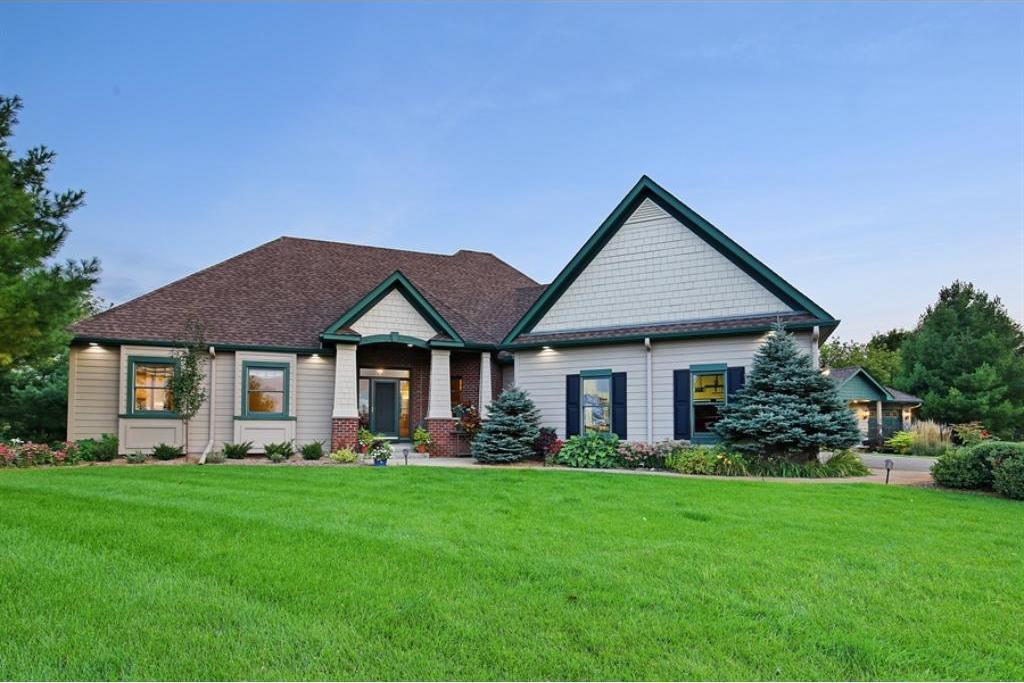 23850 Beard Avenue, Lakeville, MN 55044